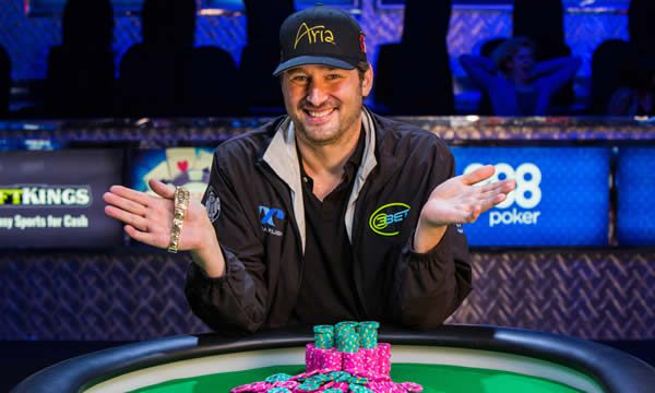 Photo of Phil Hellmuth aplicó su veta actoral en el show «Billions» de HBO