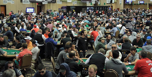 Photo of Récords- El Evento Principal de la WSOP con más inscriptos